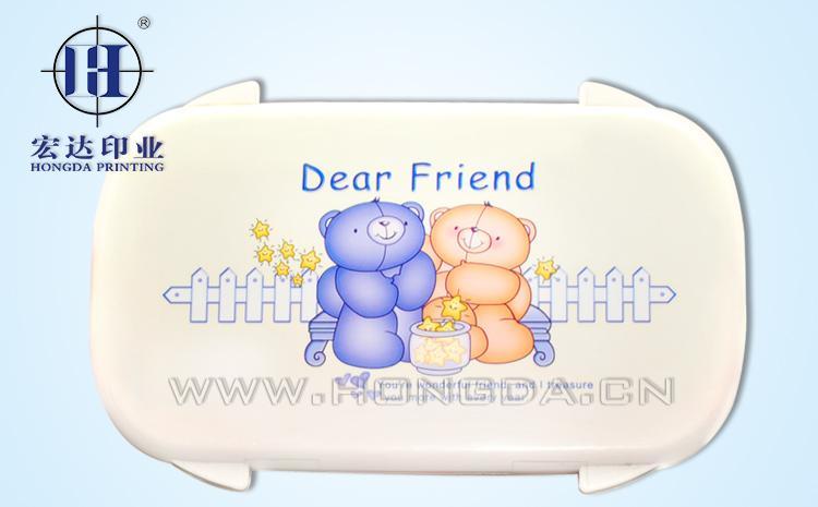 卡通熊饭盒盖热转印效果图