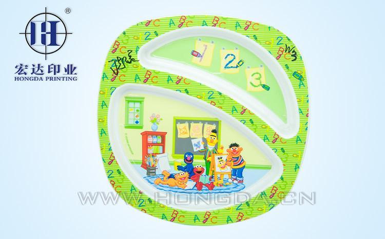 儿童餐盘专用opp模内贴效果图