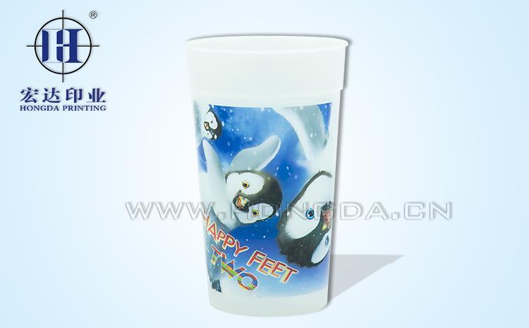 企鹅图案水杯热转印效果图