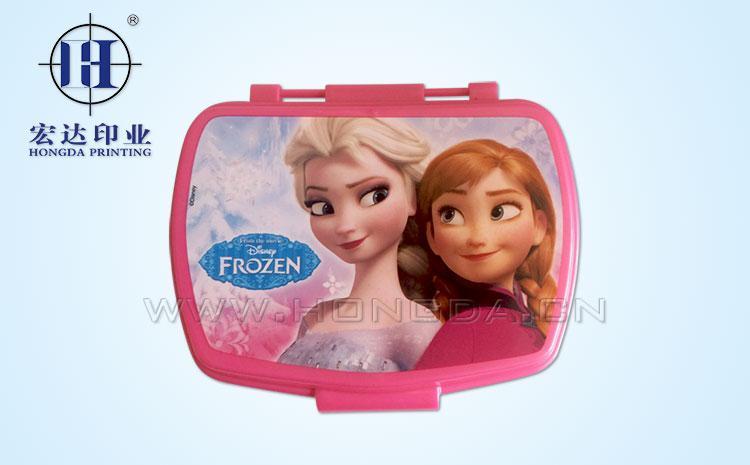 冰雪奇缘图案饭盒盖热转印效果图